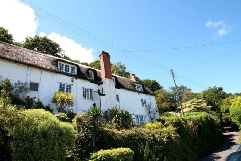 Somerset Cottage Holidays - Click here for more about The Crows Nest