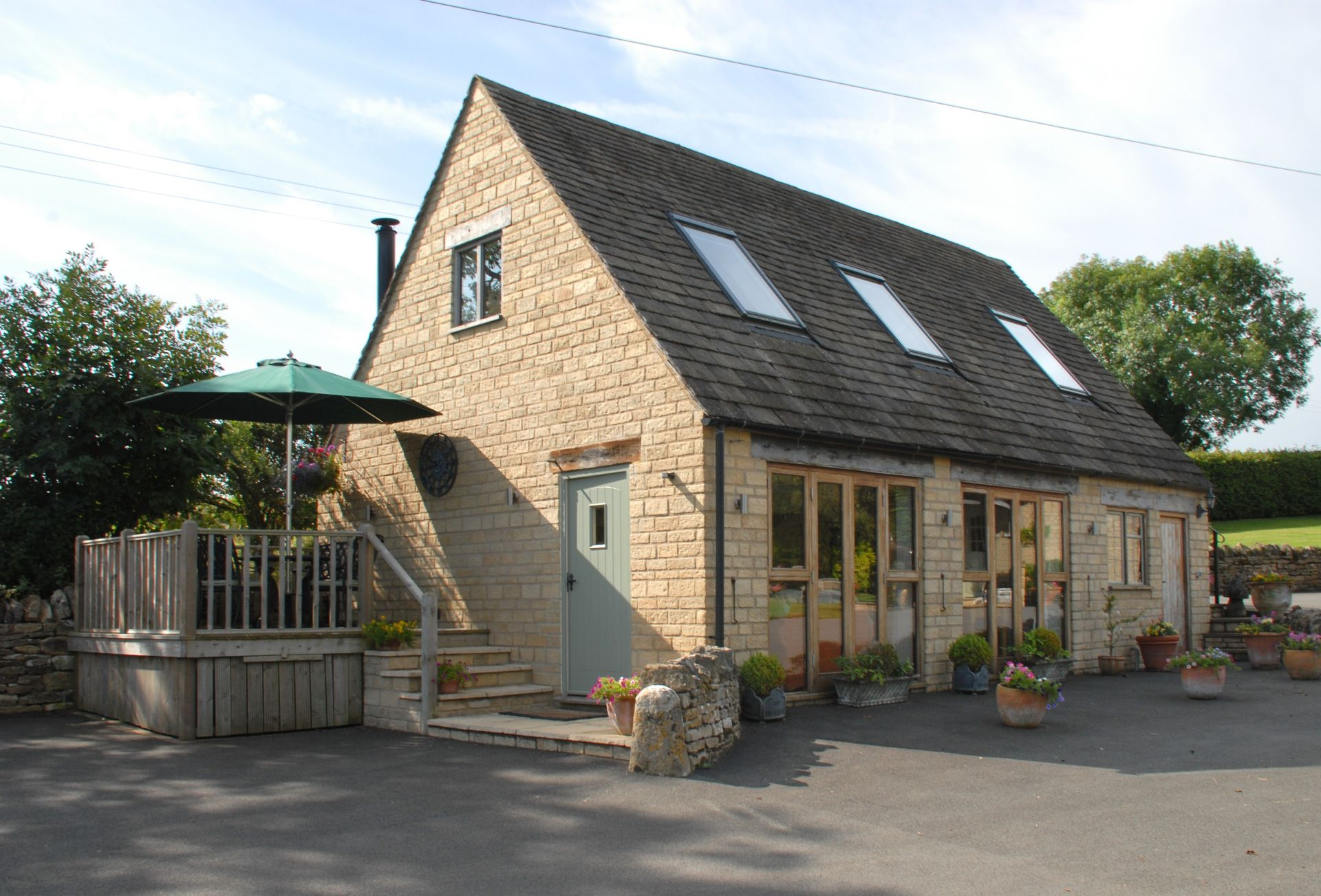 Gloucestershire Cottage Holidays - Click here for more about Sheepscombe Byre
