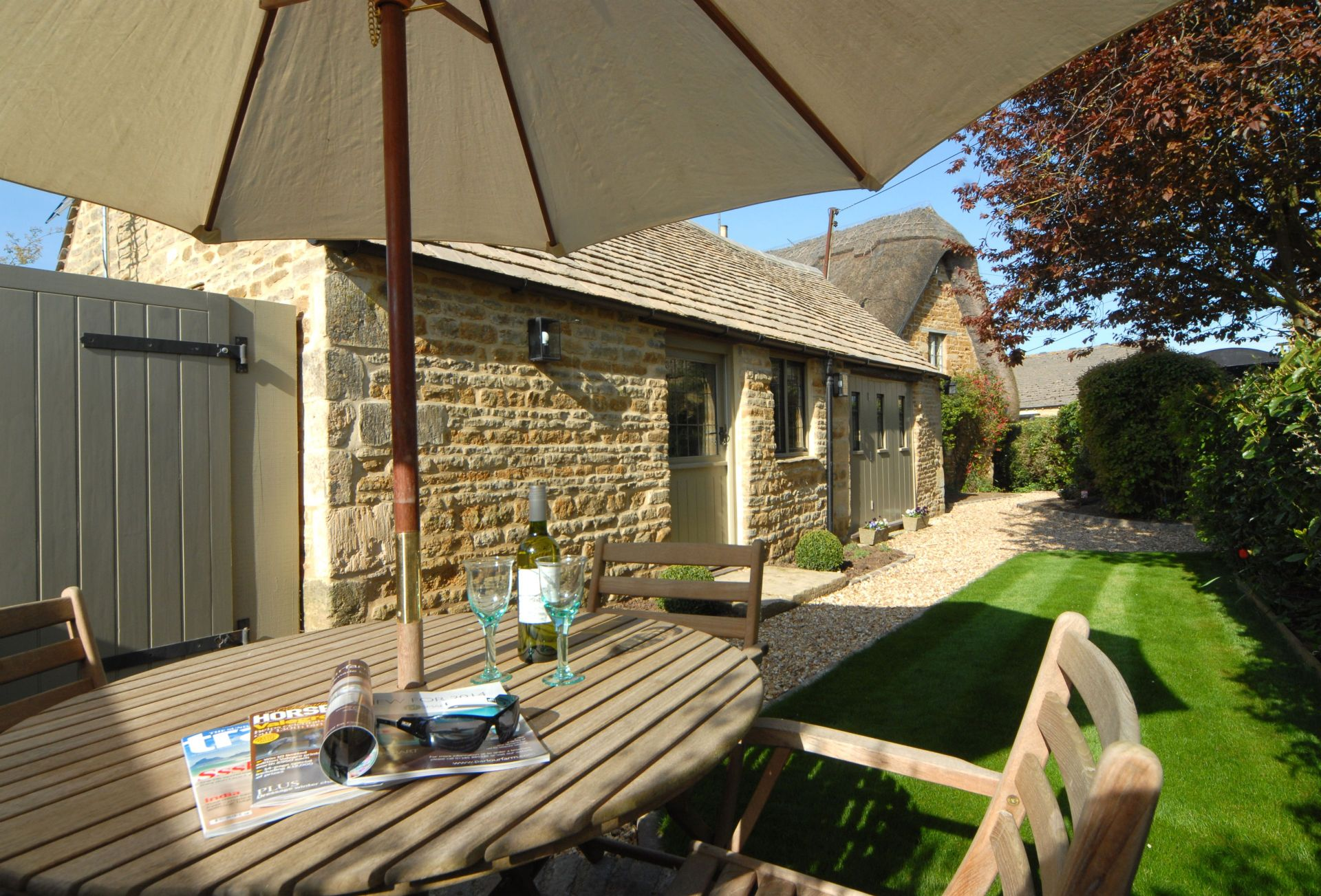 Gloucestershire Cottage Holidays - Click here for more about The Old Smithy