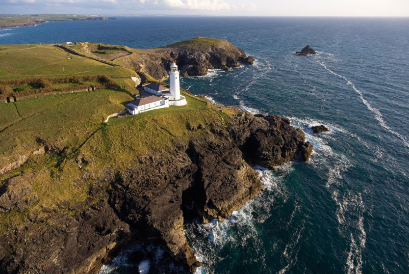 Cornwall Cottage Holidays - Click here for more about Nimbus Cottage