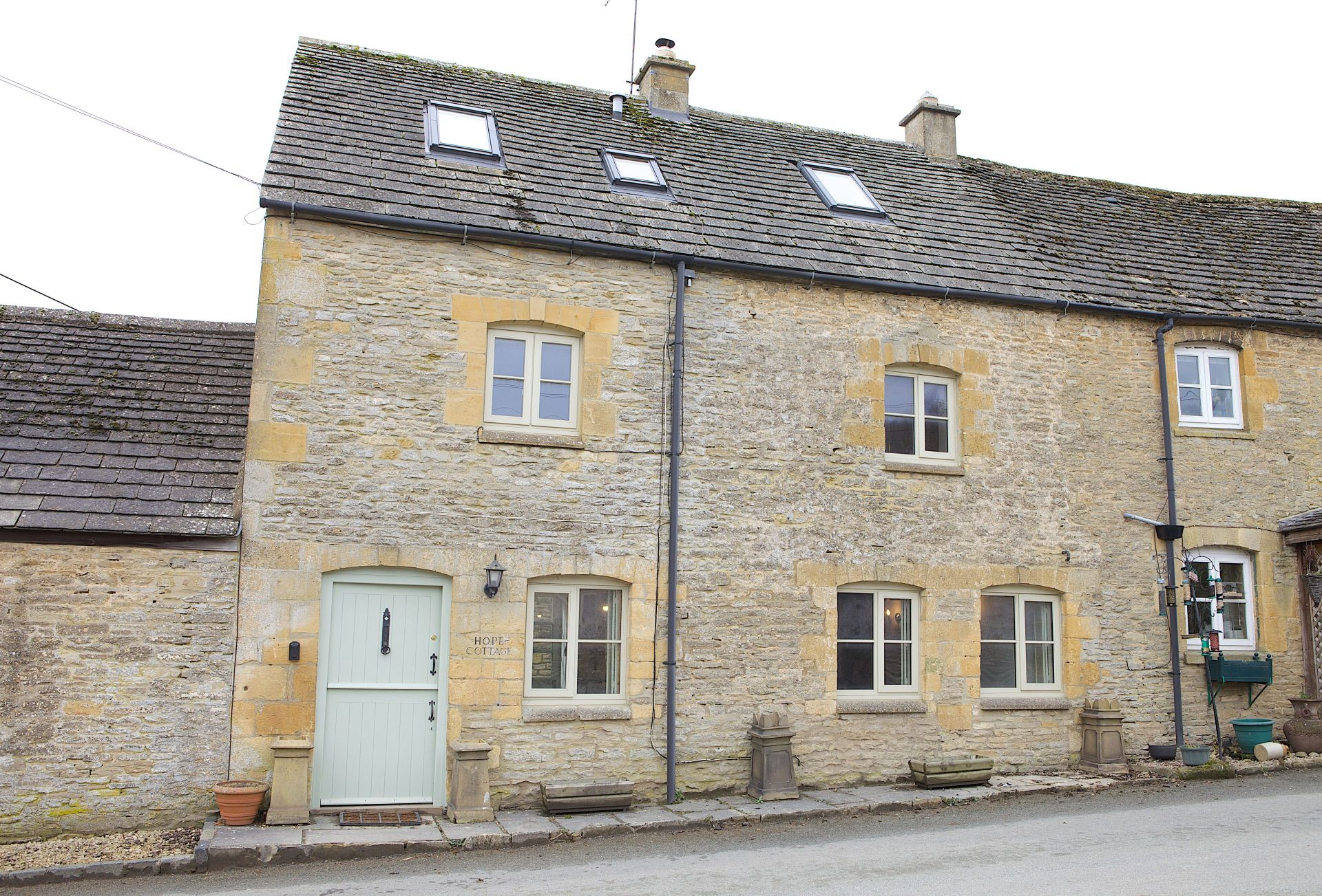 Gloucestershire Cottage Holidays - Click here for more about Hope Cottage (Naunton)