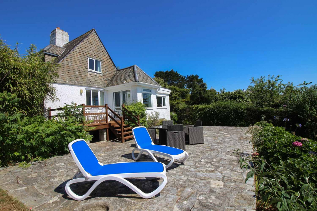 Cornwall Cottage Holidays - Click here for more about Brigids Patch