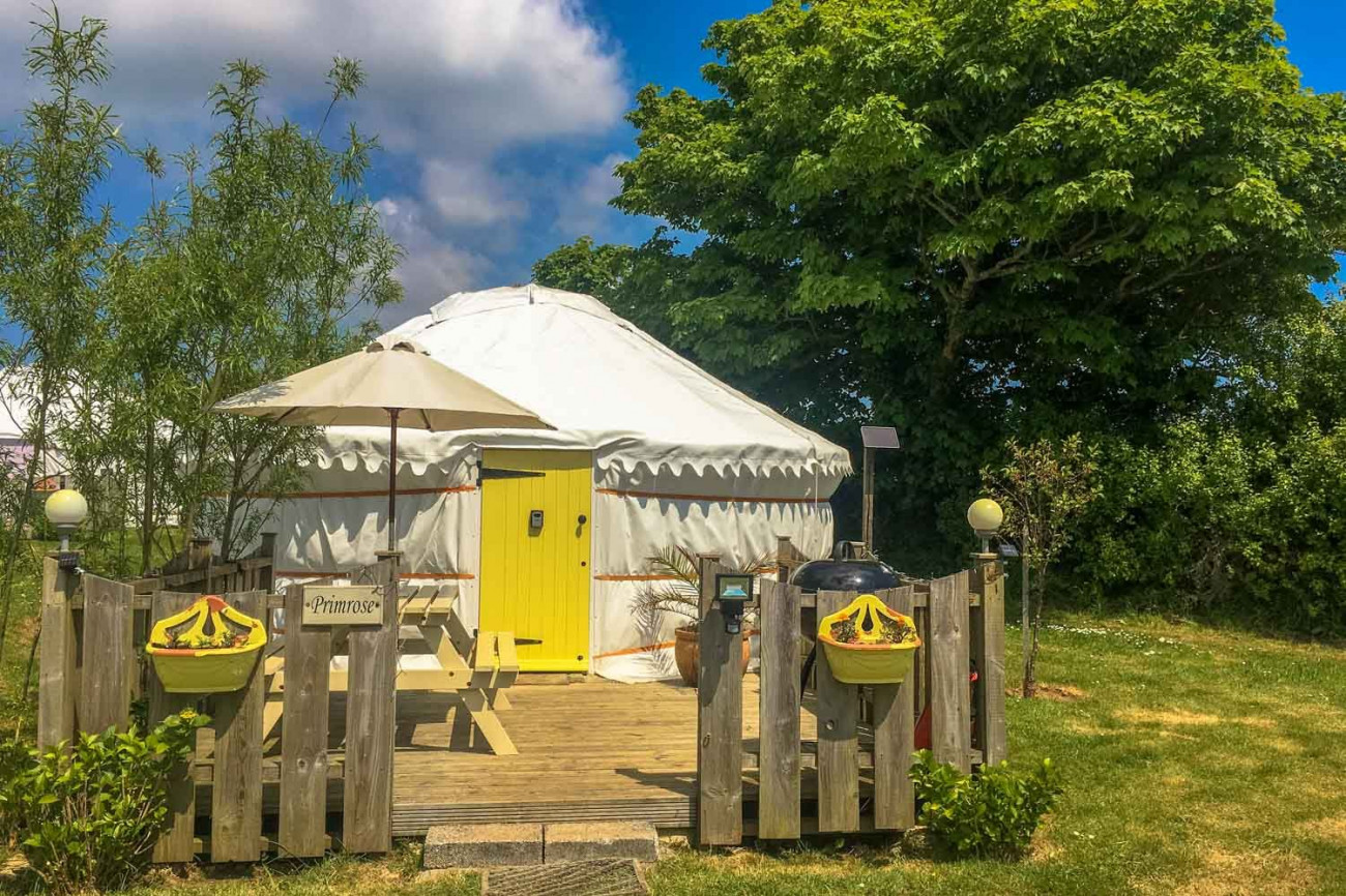 Short Break Holidays - Primrose Yurt