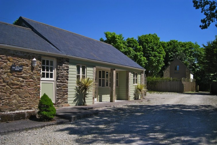Cornwall Cottage Holidays - Click here for more about Starlight Barns