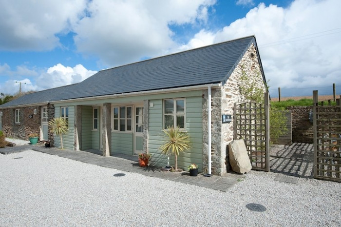 Cornwall Cottage Holidays - Click here for more about Lighthouse Cottage