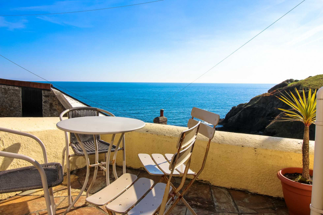English Cottage Holidays - Ocean View, Portloe