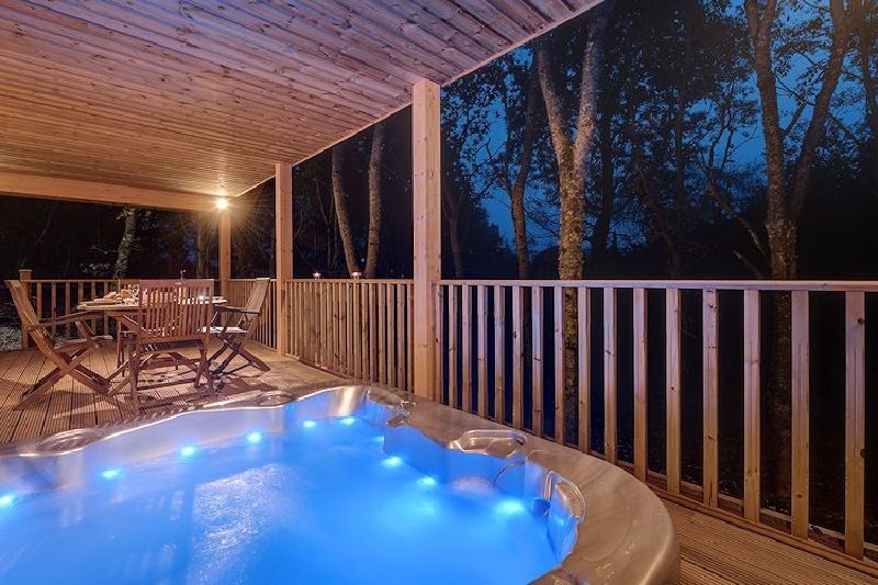 Short Break Holidays - Willow Lodge - South View Lodges