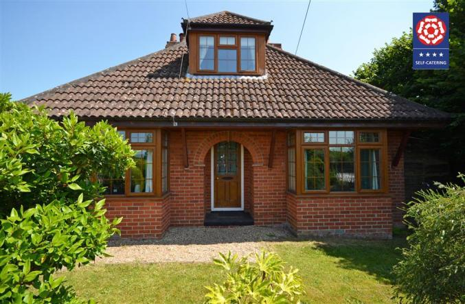 Hampshire Cottage Holidays - Click here for more about Kelmscott