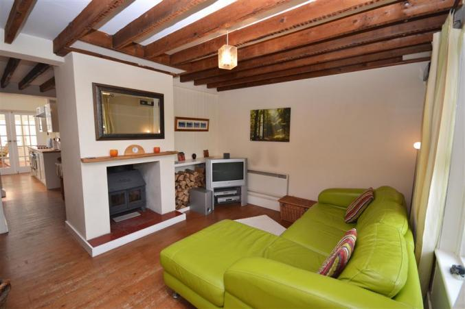 Hampshire Cottage Holidays - Click here for more about 1 Heath View