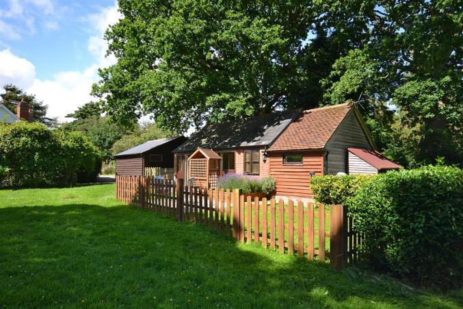 Hampshire Cottage Holidays - Click here for more about Meg's