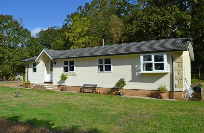 Hampshire Cottage Holidays - Click here for more about Dilton Glen