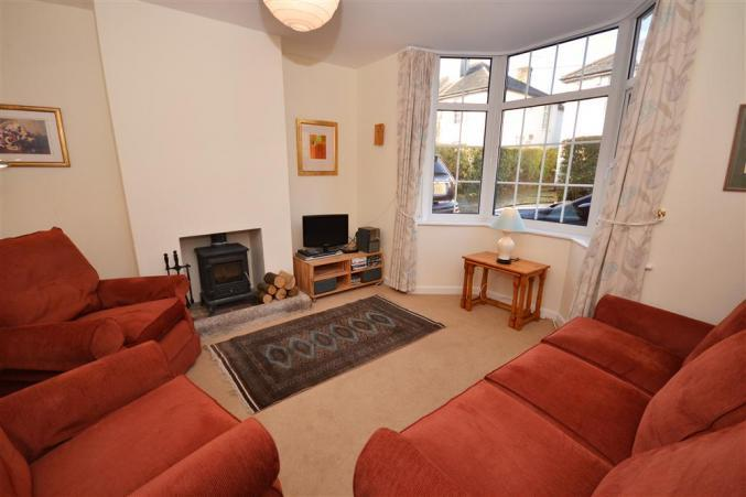 Hampshire Cottage Holidays - Click here for more about Camellia Cottage