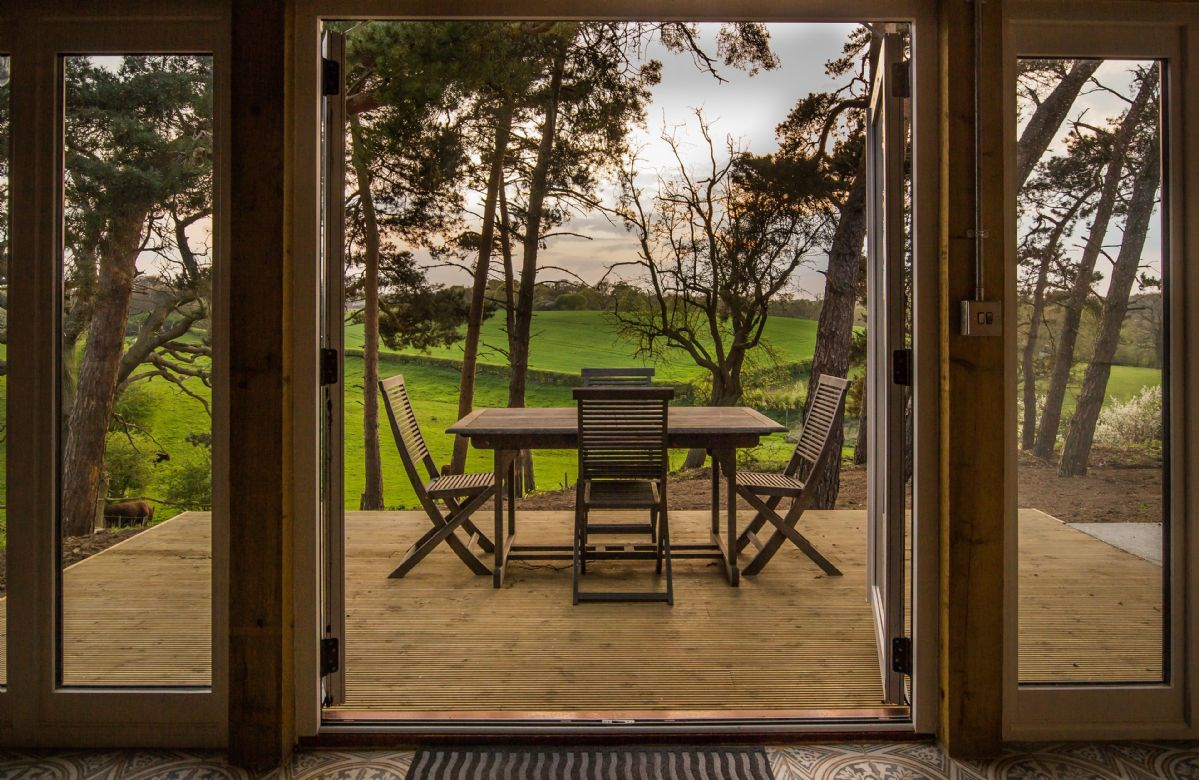 Suffolk Cottage Holidays - Click here for more about Lodge Farm