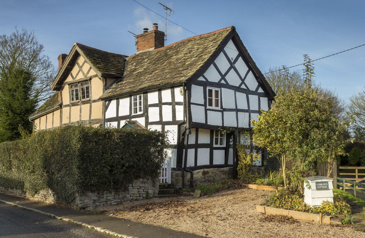 English Cottage Holidays - Cobbler's Cottage