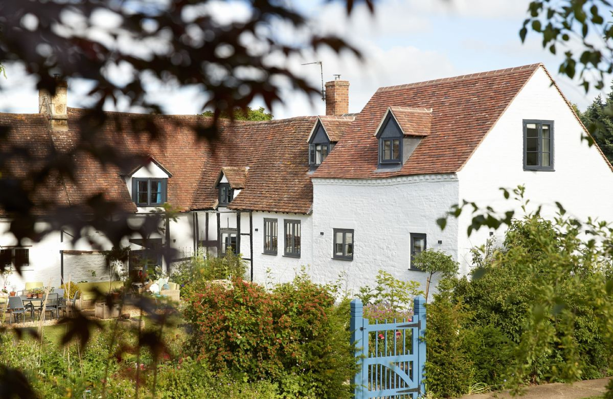 Worcestershire Cottage Holidays - Click here for more about The Dairy