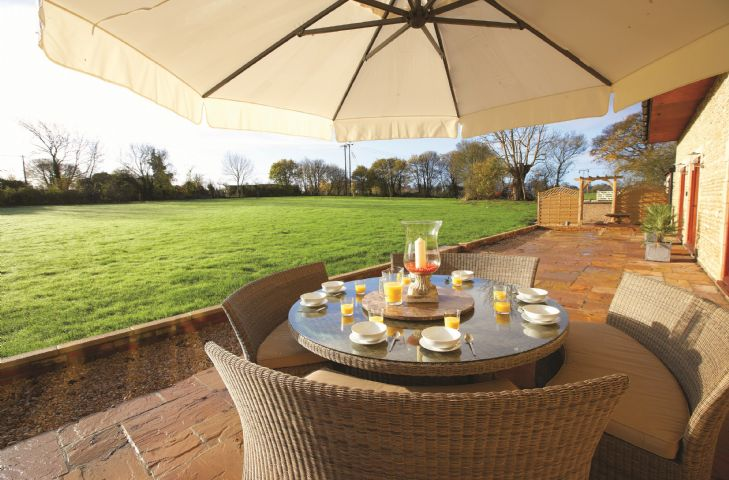 Wiltshire Cottage Holidays - Click here for more about The Old Stables