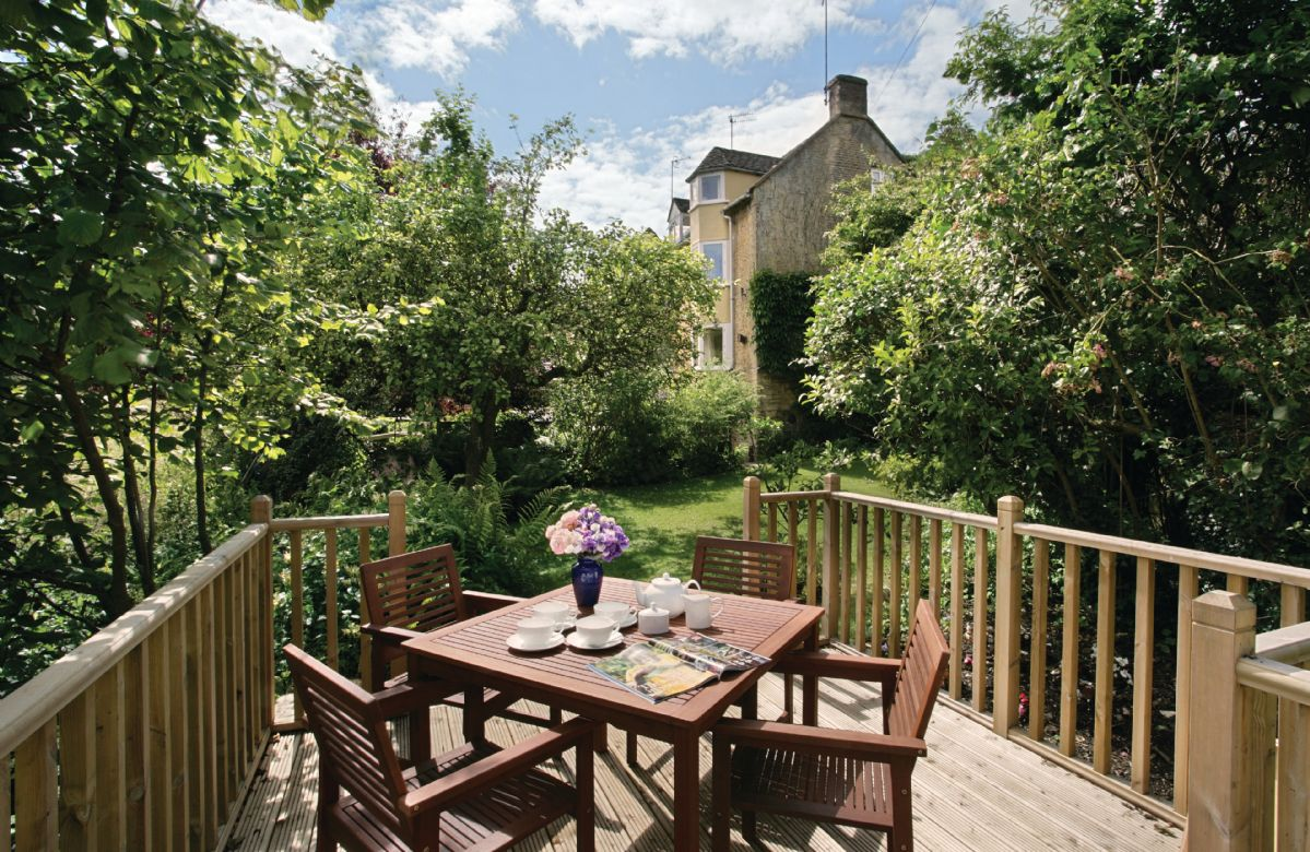 Gloucestershire Cottage Holidays - Click here for more about Beckwood Cottage