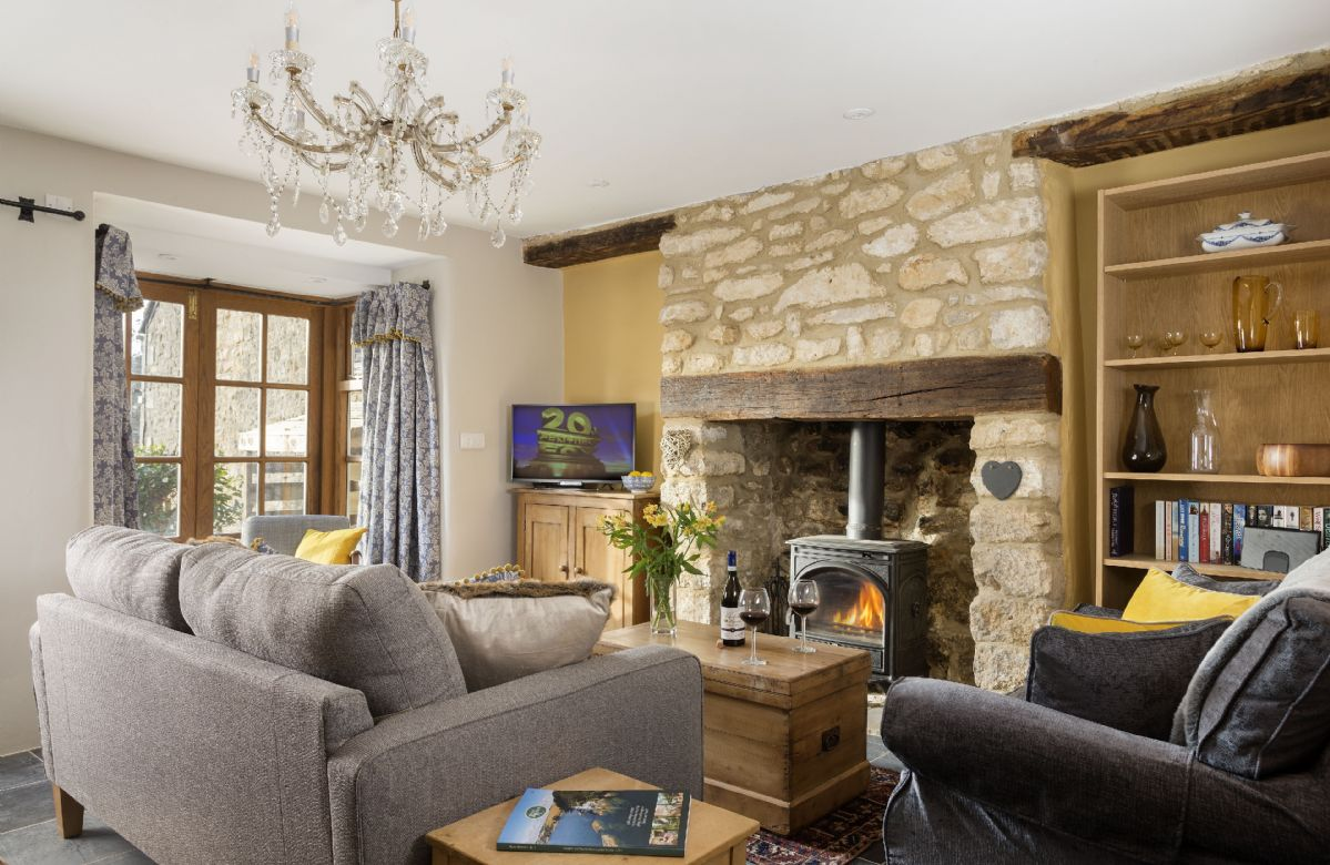 Gloucestershire Cottage Holidays - Click here for more about Weavers Cottage
