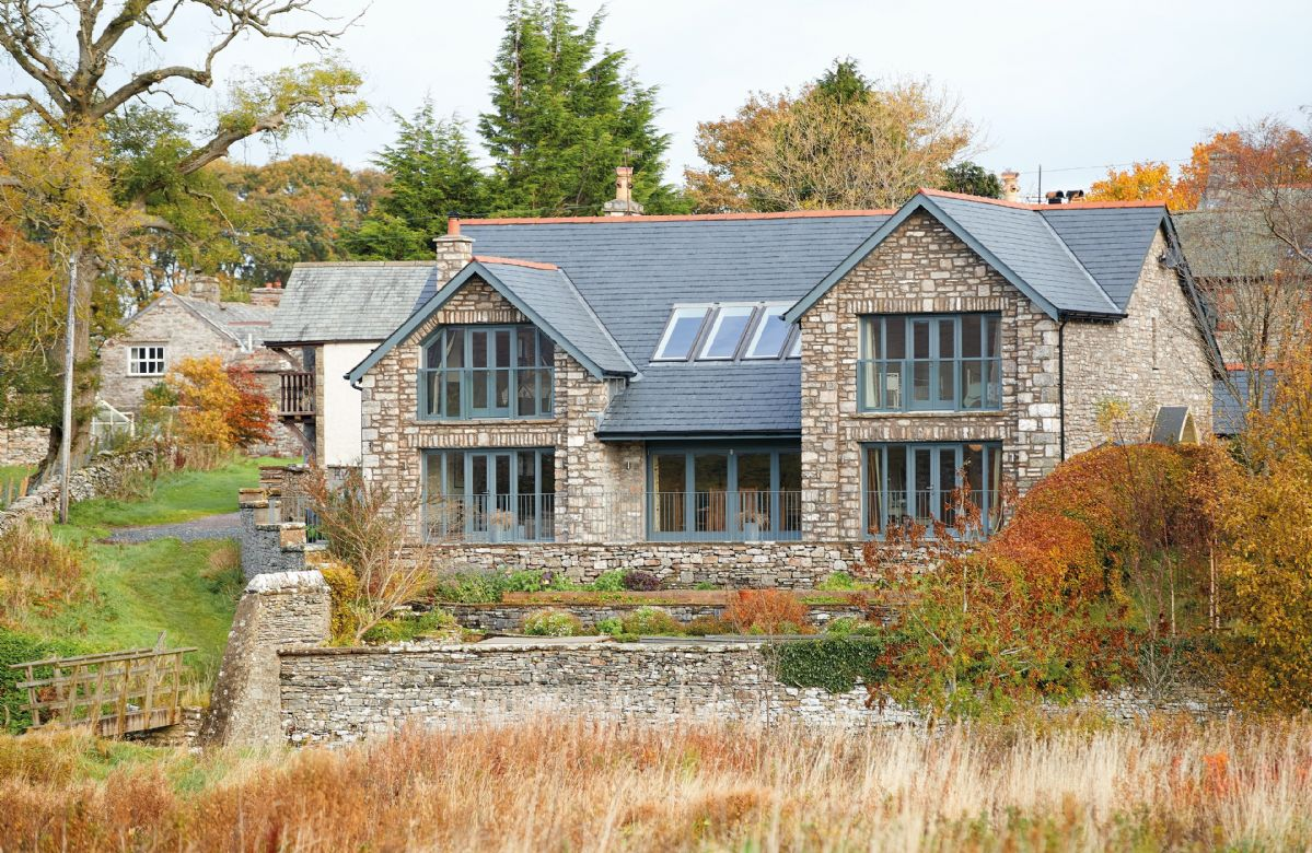 Cumbria Cottage Holidays - Click here for more about Weathertop House