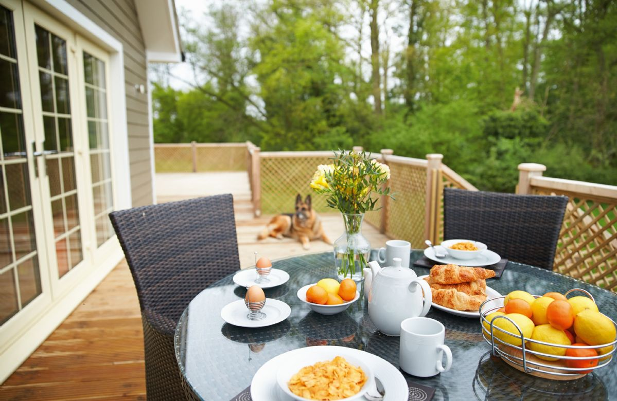 Essex Cottage Holidays - Click here for more about Brook Lodge