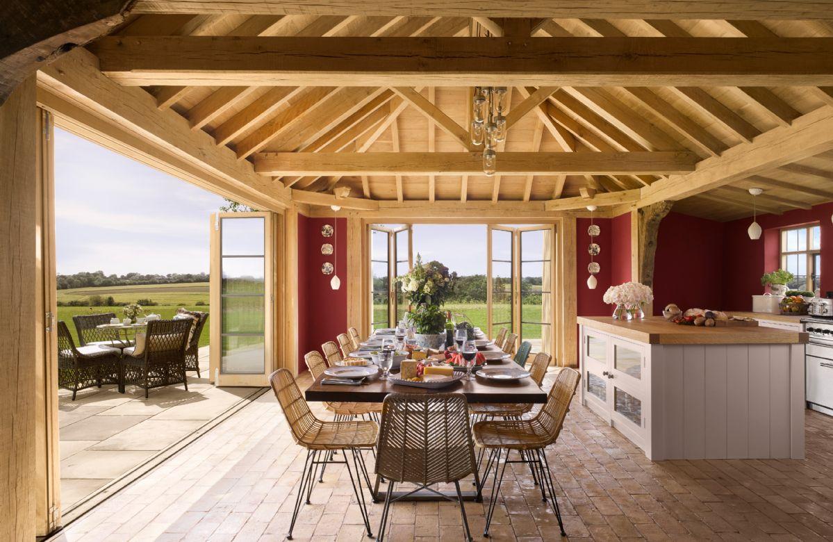 Short Break Holidays - Moat Cottage