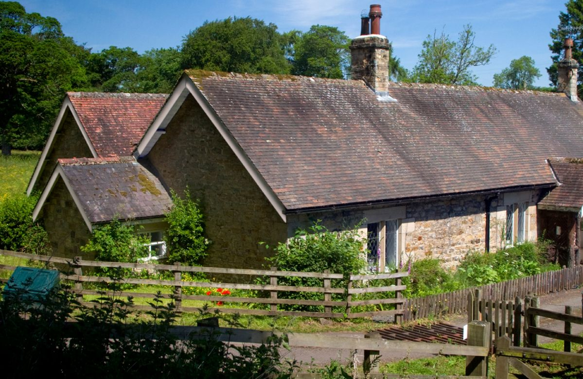 Northumberland Cottage Holidays - Click here for more about Haughton Castle - Garden Cottage
