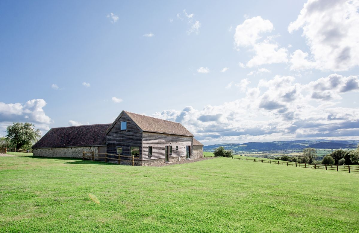 Shropshire Cottage Holidays - Click here for more about Wassell Barn