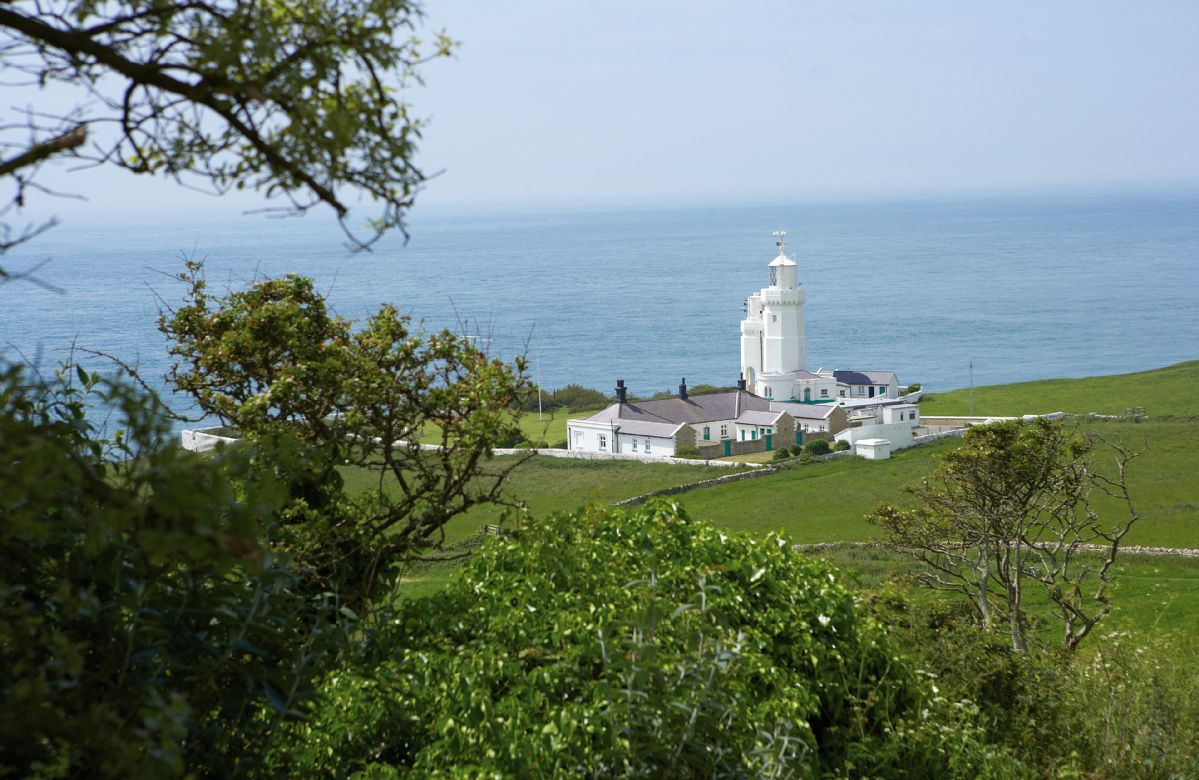 Isle of Wight Cottage Holidays - Click here for more about Landward Cottage