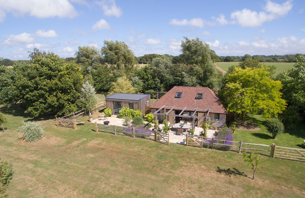 East Sussex Cottage Holidays - Click here for more about Cherrystone Barn