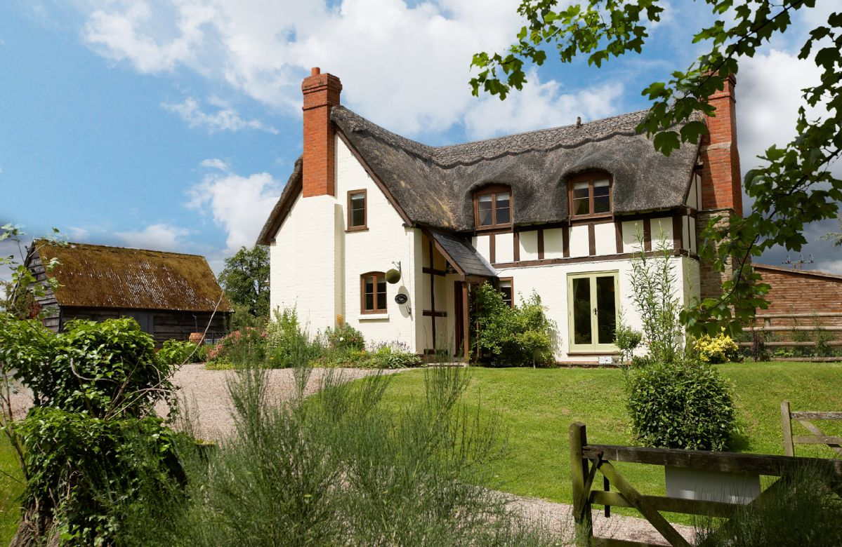 Herefordshire Cottage Holidays - Click here for more about Pool Head Cottage
