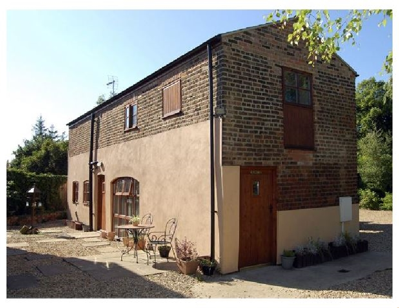 Lincolnshire Cottage Holidays - Click here for more about The Barn