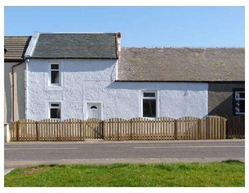 Lanarkshire Cottage Holidays - Click here for more about Sky Blue Cottage