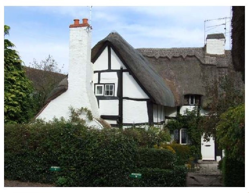 Warwickshire Cottage Holidays - Click here for more about Bluebell Cottage