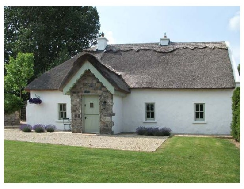Galway Cottage Holidays - Click here for more about The Humble Daisy
