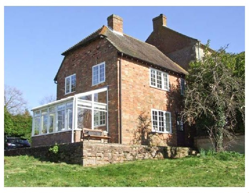 Buckinghamshire Cottage Holidays - Click here for more about Orchard Cottage