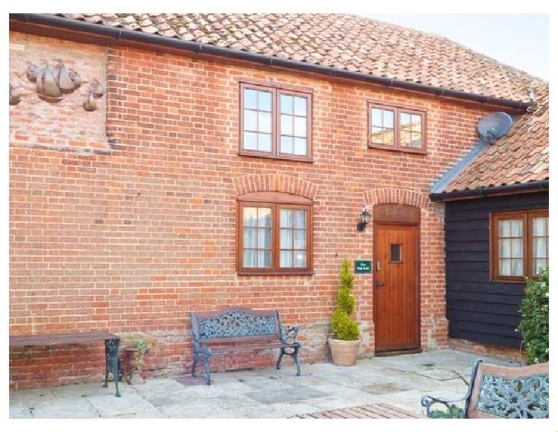 Suffolk Cottage Holidays - Click here for more about Hayloft Cottage