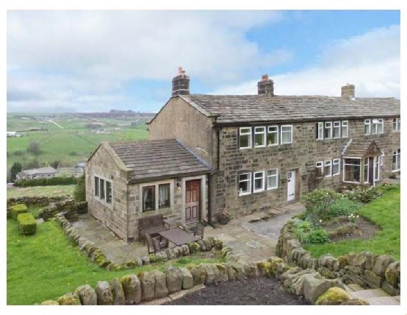 English Cottage Holidays - Royds Hall  Cottage