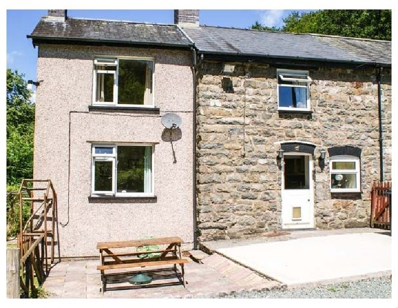 Powys Cottage Holidays - Click here for more about 2 Llawrcoed Isaf
