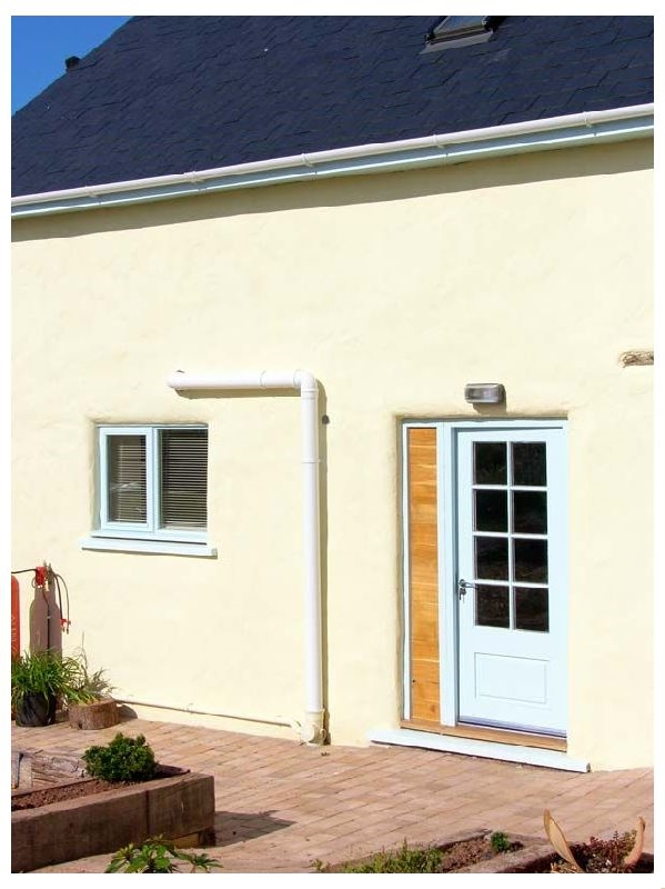 Click here for more about Beekeeper's Cottage