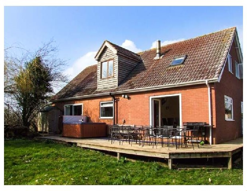 Herefordshire Cottage Holidays - Click here for more about Bye Cross Cottage
