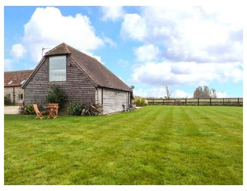 West Sussex Cottage Holidays - Click here for more about Little Greenways