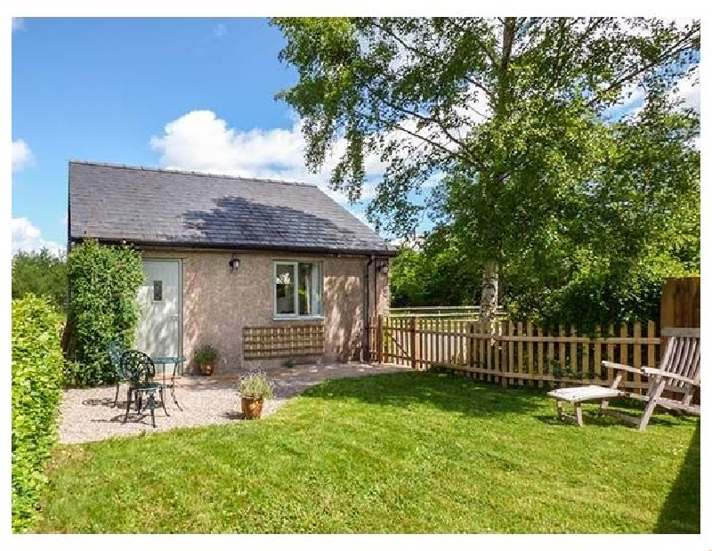 Monmouthshire Cottage Holidays - Click here for more about The Lodge- Lower Trefedw