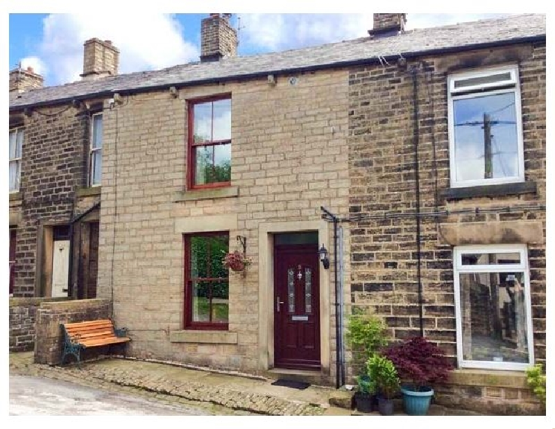 Derbyshire Cottage Holidays - Click here for more about 5 Vicarage Lane