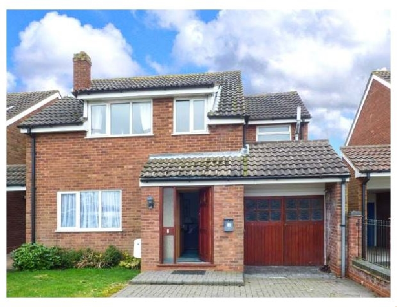 Staffordshire Cottage Holidays - Click here for more about Off Puddle Hill