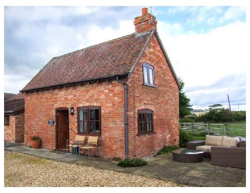 Warwickshire Cottage Holidays - Click here for more about Paradise Cottage