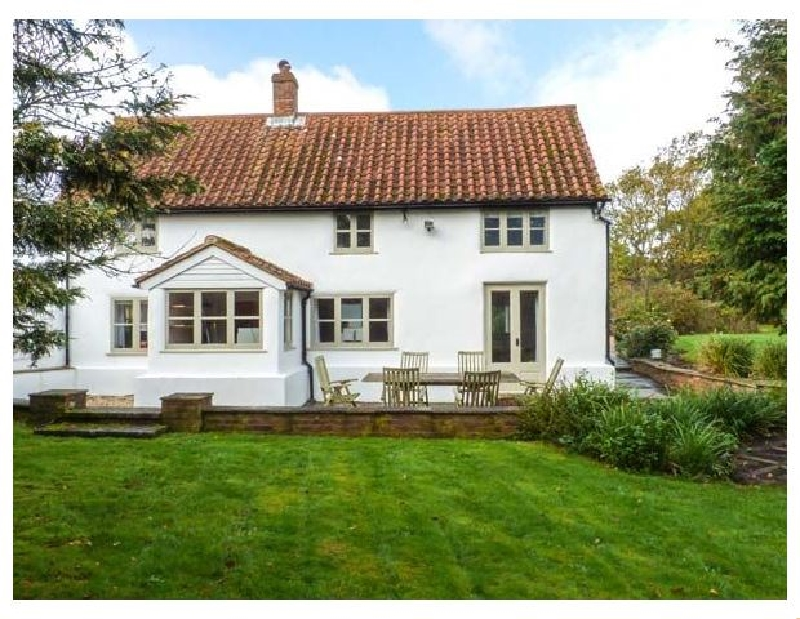 West Sussex Cottage Holidays - Click here for more about The White Cottage