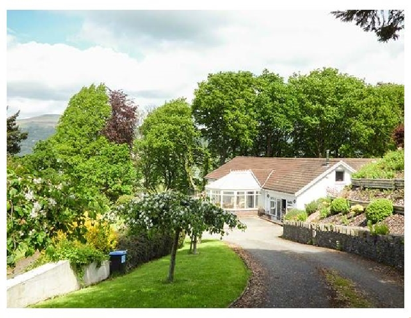 Monmouthshire Cottage Holidays - Click here for more about Treetops