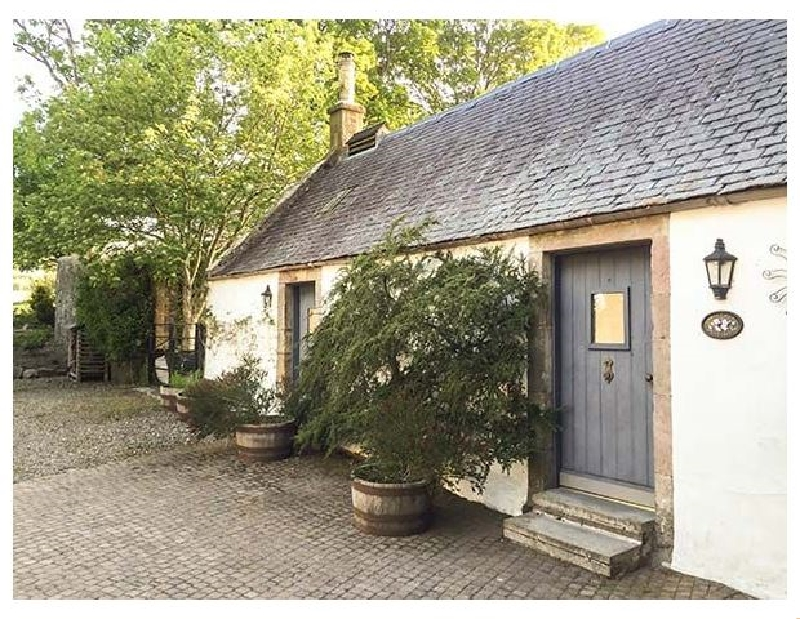 Lanarkshire Cottage Holidays - Click here for more about Sweetpea Cottage