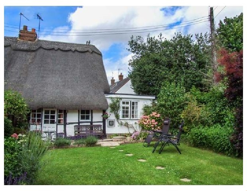 Worcestershire Cottage Holidays - Click here for more about Apple Tree Cottage