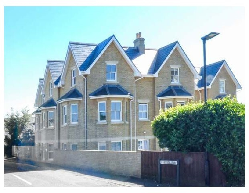 Click here for more about Flat 8 Hazelhurst